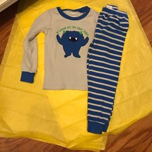 Size 4t Gymboree pj set